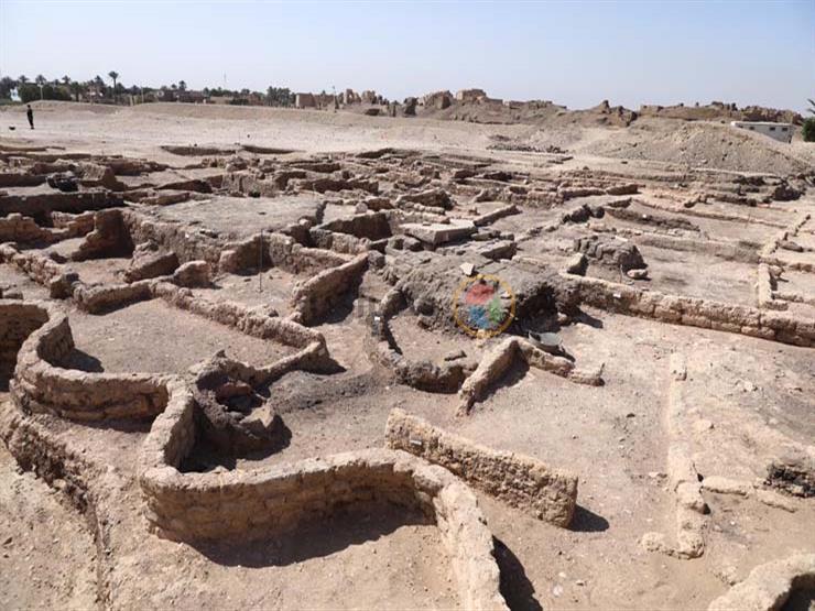 رئيس عمال البعثة الأثرية مكتشفة المدينة المفقودة تحت الرمال في الأقصر يكشف عن تفاصيل مثيرة