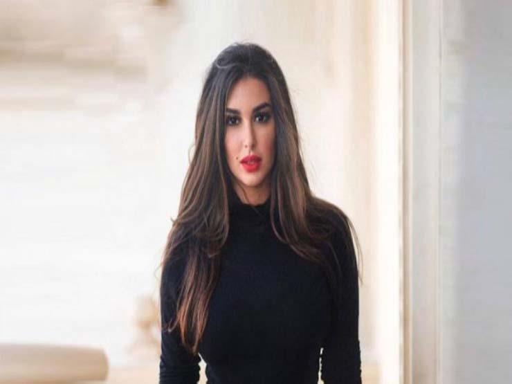"""ياسمين صبري بـ""""العباءة"""" في أحدث ظهور لها (صورة)"""