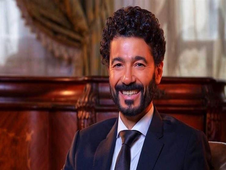 """خالد النبوي يحتفل بعيد العمال: """"شكرا لكل أسيادنا اللي بيخدمونا"""""""