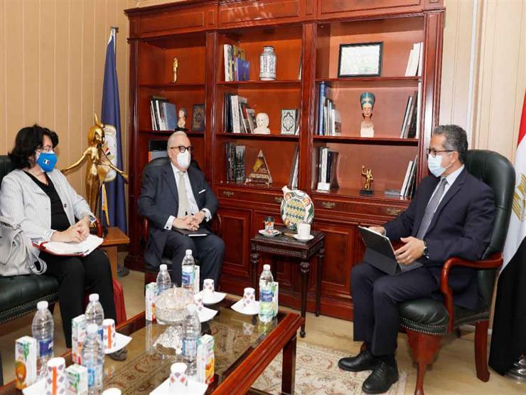 وزير الآثار يلتقي سفير إيطاليا لتنظيم احتفالية بذكرى إنقاذ معبد فيلة
