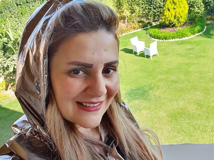 """""""في الجنة ونعيمها يا أبويا"""".. رانيا محمود ياسين تدعو لوالدها مع حلول شهر رمضان"""