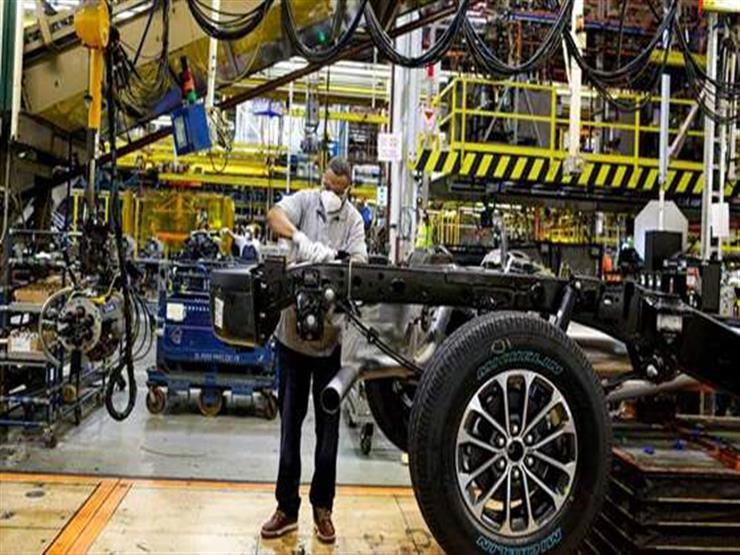فورد تعلن مزيدا من تخفيضات الإنتاج بسبب نقص الرقائق العالمي