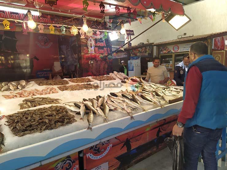 تراجع البلطي والمكرونة.. أسعار الأسماك في سوق العبور اليوم الثلاثاء