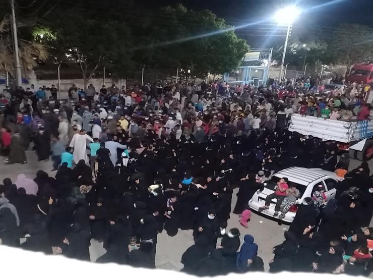 نائب محافظ قنا يقدم واجب العزاء لأسر ضحايا أتوبيس أسيوط