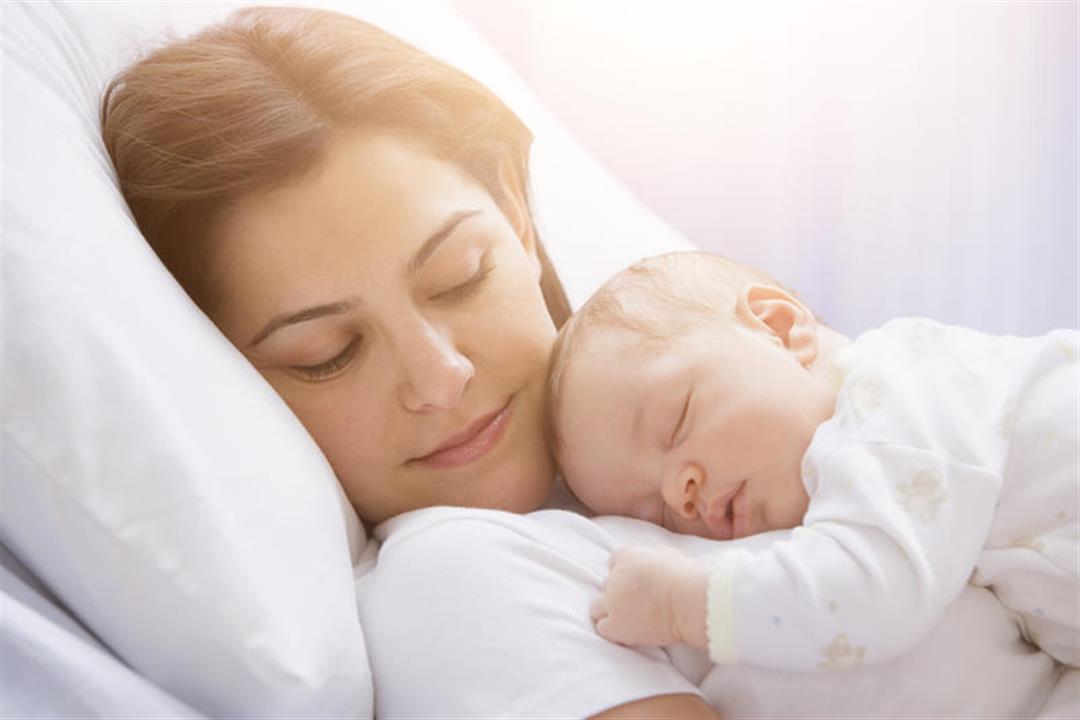 منها الضغط العصبي.. أسباب قلة إدرار حليب الأم
