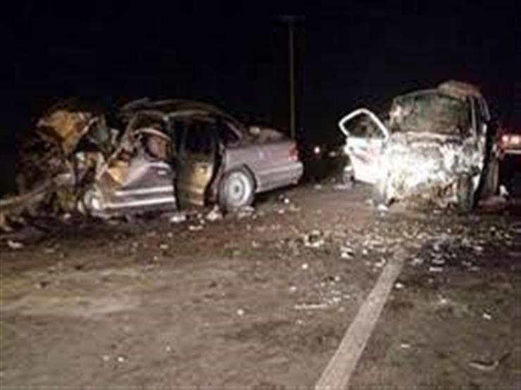 ٥ مصابين في تصادم سيارتين بسوهاج