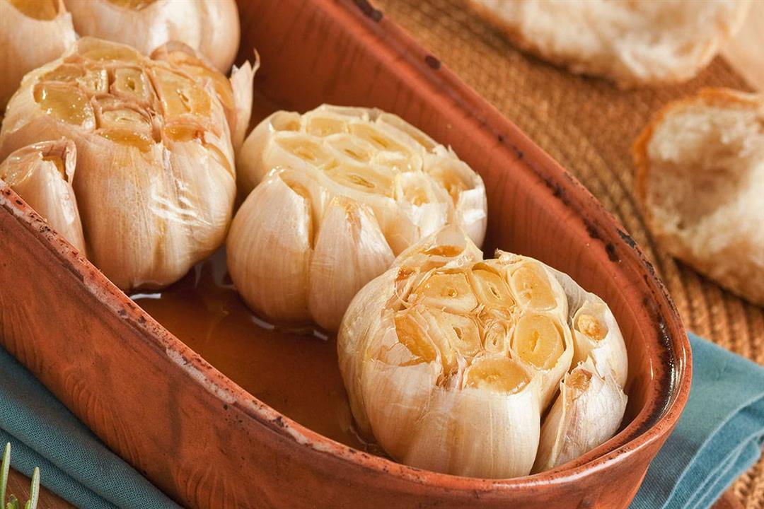 5 فوائد صحية مذهلة لتناول الثوم المشوي.. إليك طريقة تحضيره