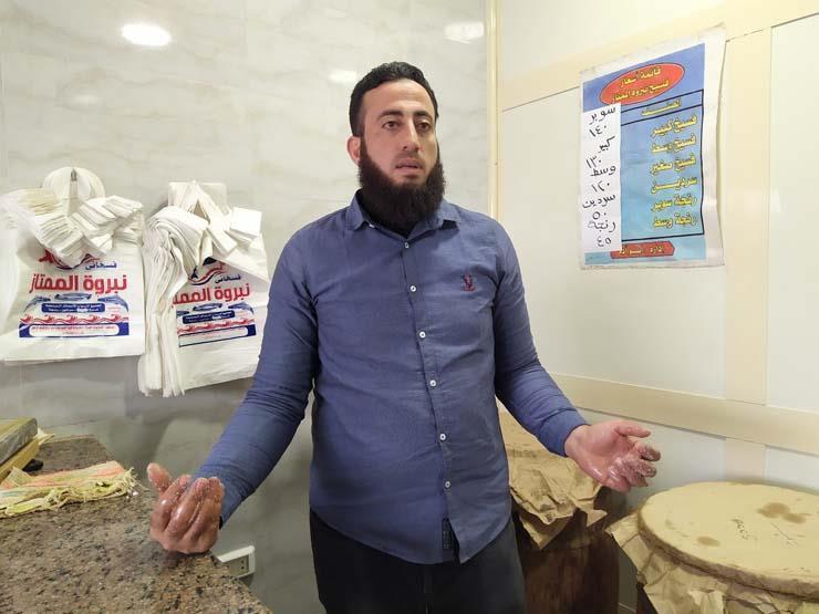 بائع فسيخ في بورسعيد يكشف أسرار الصنعة قبل شم النسيم