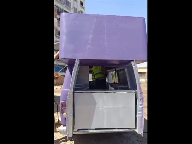 من الخردة لمطعم.. ذوي الهمم في السويس يحولون سيارة قديمة إلى عربة وجبات سريعة