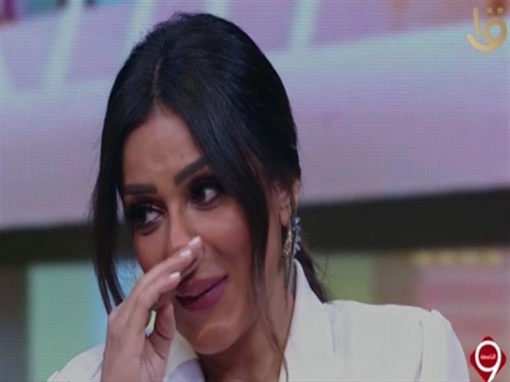 """إنجي المقدم تبكي على الهواء متأثرة بمشهدلها في مسلسل """"الاختيار 2"""""""