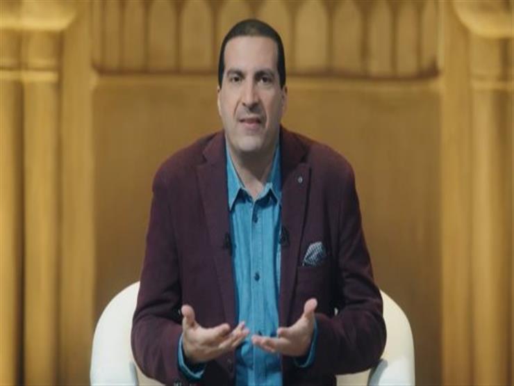 صورة بالفيديو| دعاء عمرو خالد لقضاء الديون