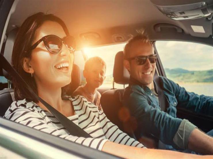 خبراء.. اختيار النظارة الشمسية المناسبة يرفع الأمان أثناء قيادة السيارة