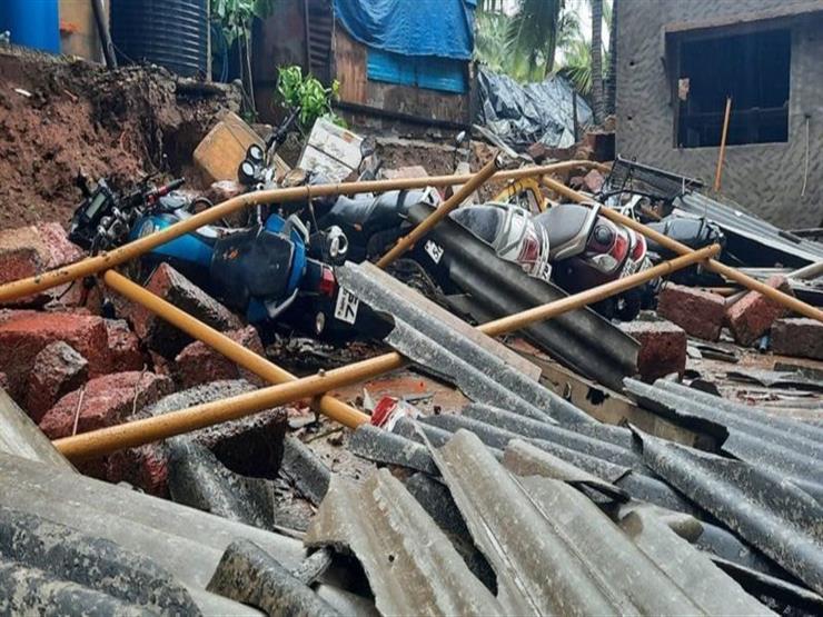 """مقتل ستة وإجلاء عشرات الآلاف غربي الهند جراء """"أقوى عاصفة"""" منذ أكثر من 20 عاما"""
