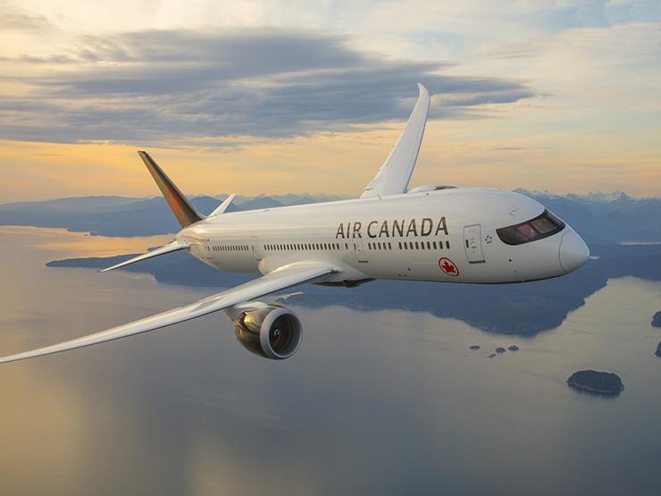 """""""الخدمات الجوية"""": تموين رحلات شركة طيران """"آير كندا"""" العالمية"""