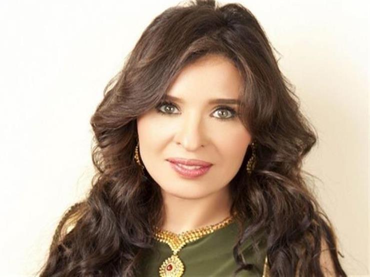 """بصور من فيلم """"المنسي"""".. دينا تهنئ عادل إمام بعيد ميلاده"""