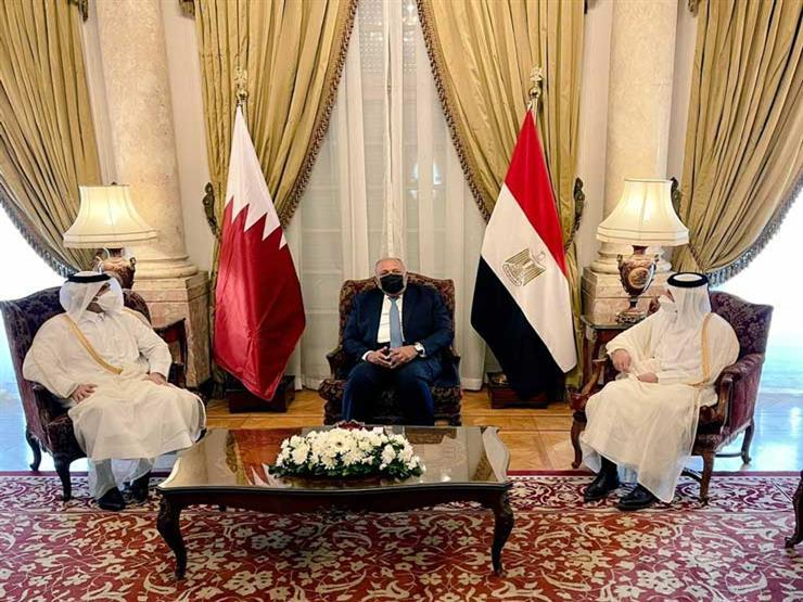 """أول زيارة من 8 سنوات.. """"شكري"""" يصل قطر للمشاركة باجتماع """"الوزراء العرب"""""""