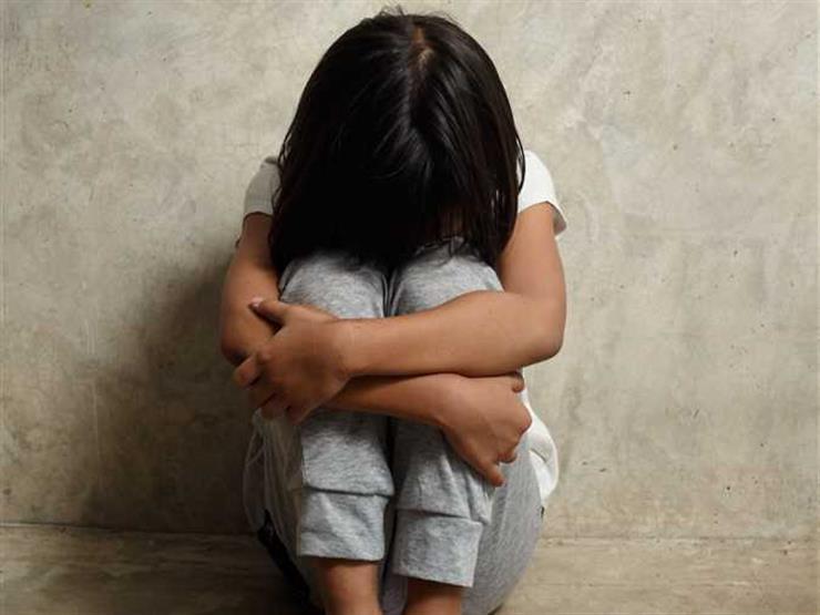 لبيان صحه أقوالها.. عرض الطفلة المتهمة بحرق والدها على الطب الشرعي