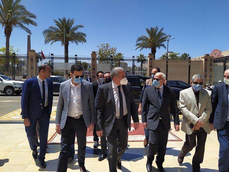 وزير التموين يفتتح أول مركز نموذجي لتقديم كافة خدمات التموين ببورسعيد