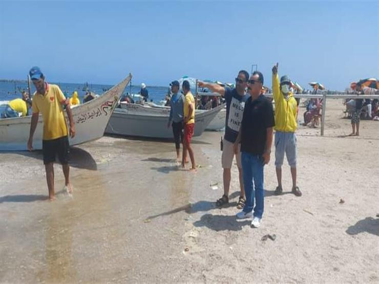 إنقاذ ١٨ شخصًا من الغرق بشواطئ رأس البر