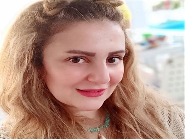 رانيا محمود ياسين تحيي الذكرى الأولى لرحيل رجاء الجداوي