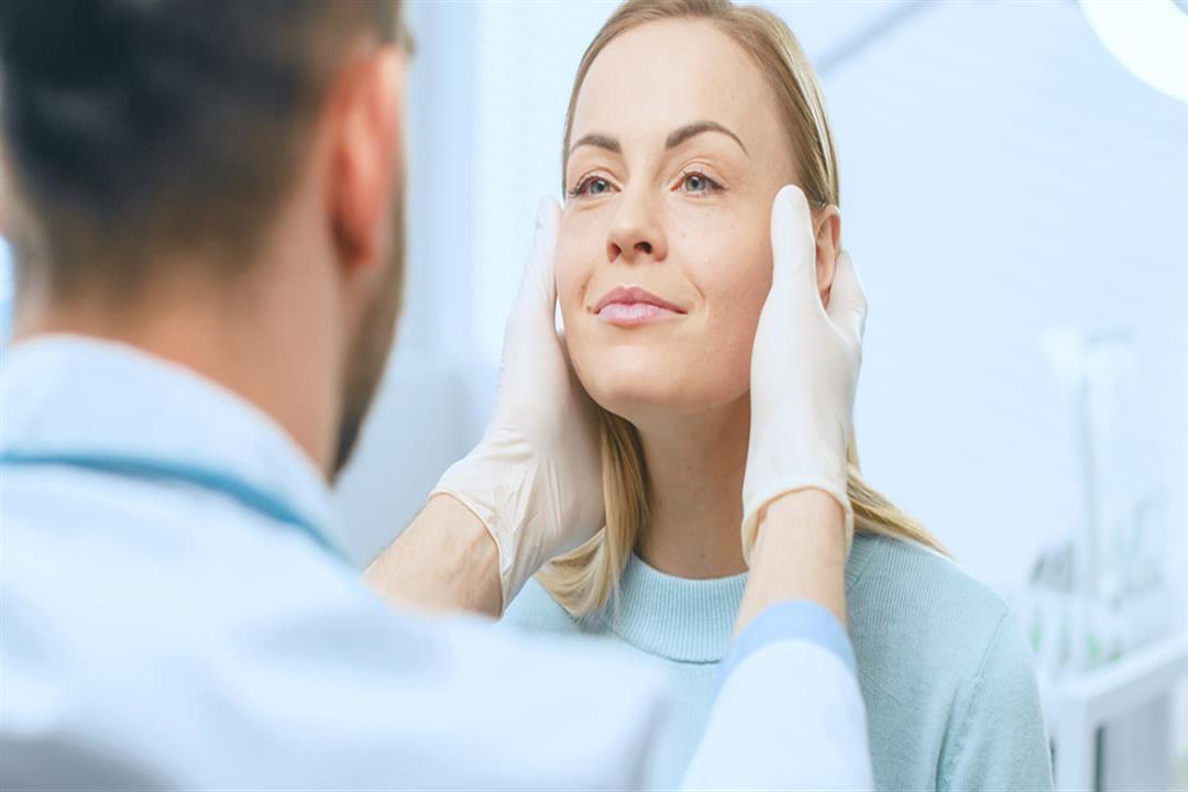 الحساسية من بينها.. مشكلات صحية تسبب تورم الوجه