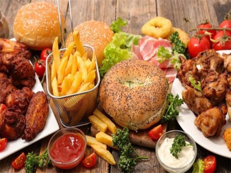 أطعمة ومشروبات تسبب زيادة في الوزن على السحور.. ابتعد عنها