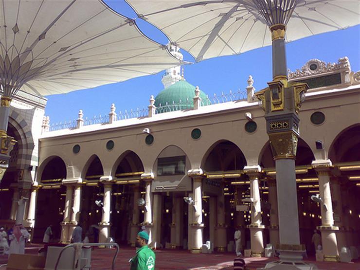 """بنيت في عهد الرسول.. تعرف على """"الحصوة"""" الواقعة خلف الروضة الشريفة بالمسجد النبوي"""