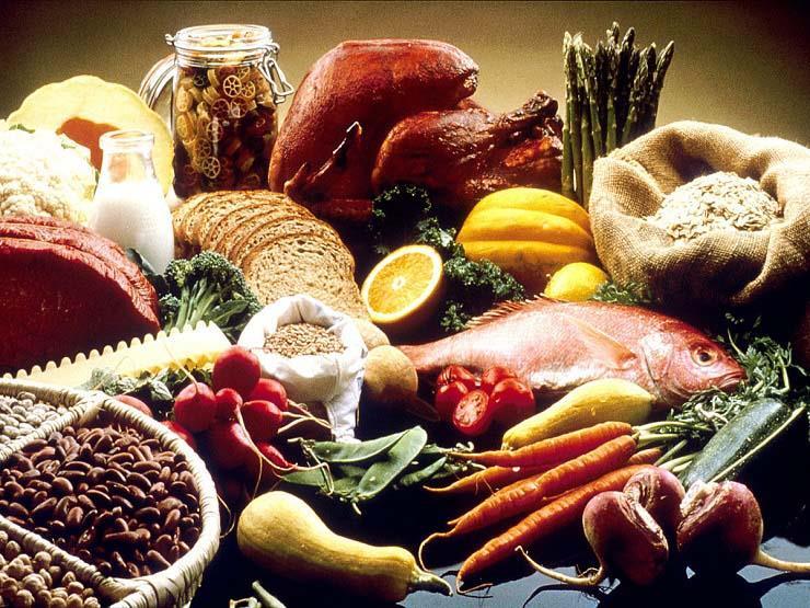 هذه الأطعمة تساعد على عميلة الهضم.. تناولها بانتظام