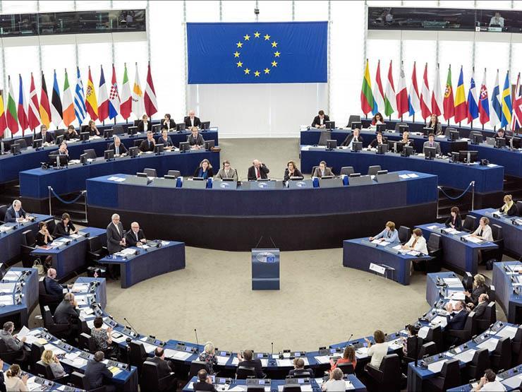المجلس الأوروبي يقرر رفع قيود السفر المتبادل عن 8 دول
