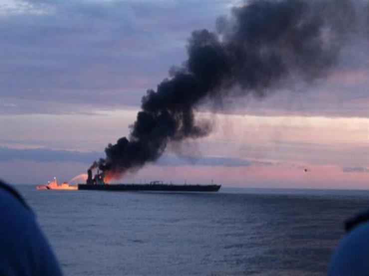حريق على ناقلة نفط قبالة بانياس في سوريا