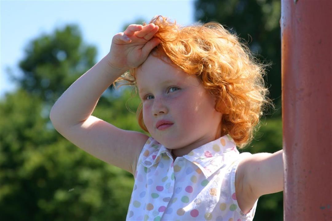 8 نصائح لحماية طفلك في الطقس الحار.. أعراض تستدعي زيارة الطبيب