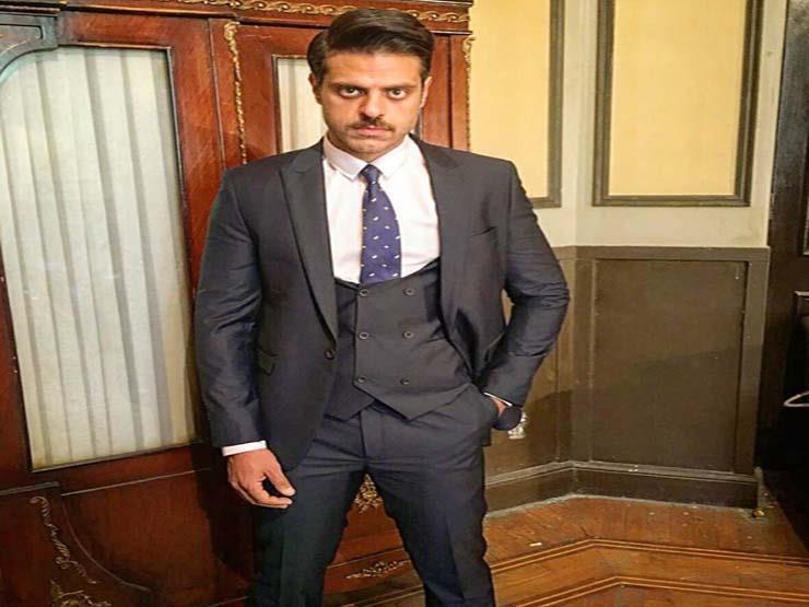 طارق صبري يتلقى لقاح فيروس كورونا.. (فيديو)