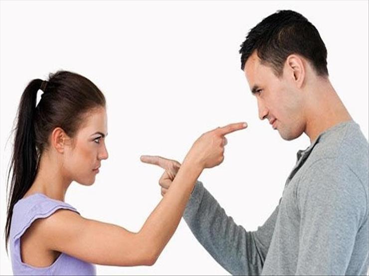 """""""لو ضربك اضربيه ولو شتمك اشتميه"""".. نصيحة للزوجات هل يقبلها الشرع؟"""