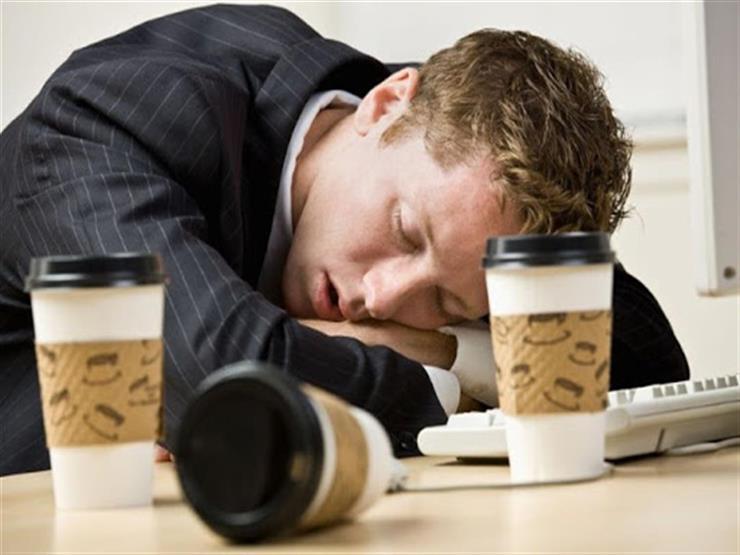 لماذا تناول القهوة يمكن أن يجعلك تشعر بالنعاس؟