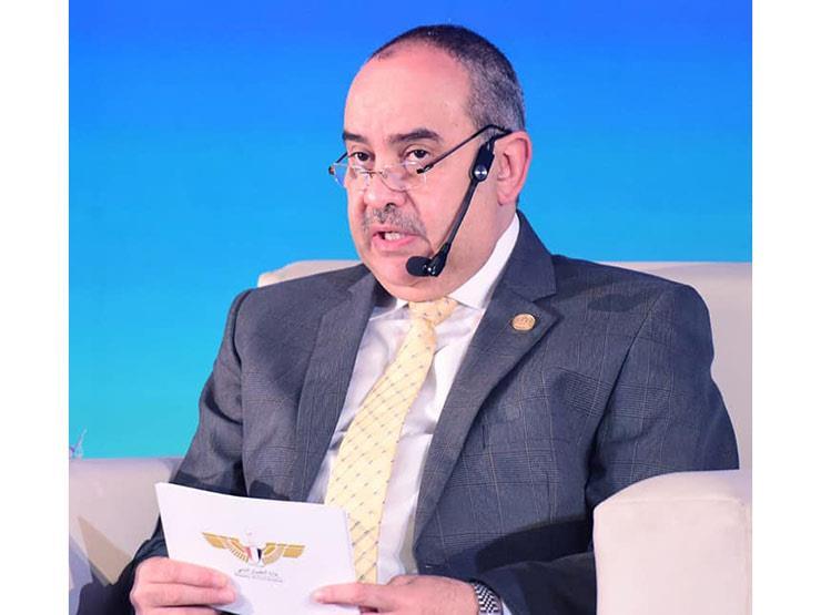 تخفيض يصل لـ 50 %,, وزير الطيران: تثبيت أسعار الرحلات الداخلية لتشجيع السياحة