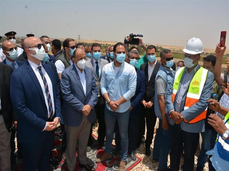 وزير التنمية المحلية يتفقد عددا من المشروعات الجارية بمحافظة بني سويف (فيديو)