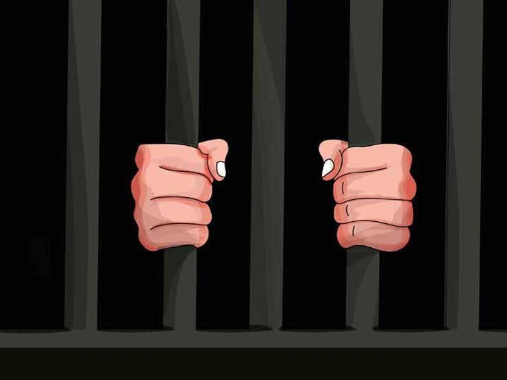 """""""خنقها بحجابها"""".. تجديد حبس المتهم بقتل زوجته في 15 مايو"""