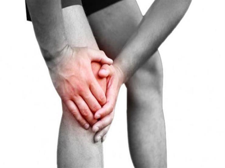 3 فواكه ينبغي تجنبها لتقليل الإصابة بأعراض مؤلمة في المفاصل