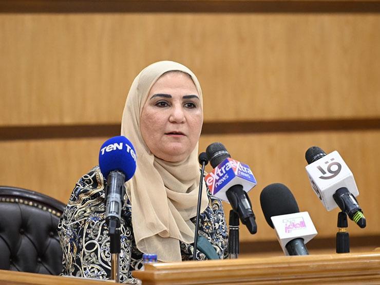 """وزيرة التضامن تنعي """"محمود العربي"""": كان رائدا للصناعة وفاعلا للخير"""