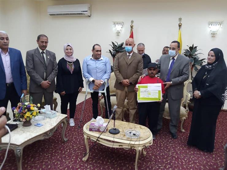 محافظ شمال سيناء يُكرم ذوي الإعاقة الفائزين في كأس مصر لألعاب القوى