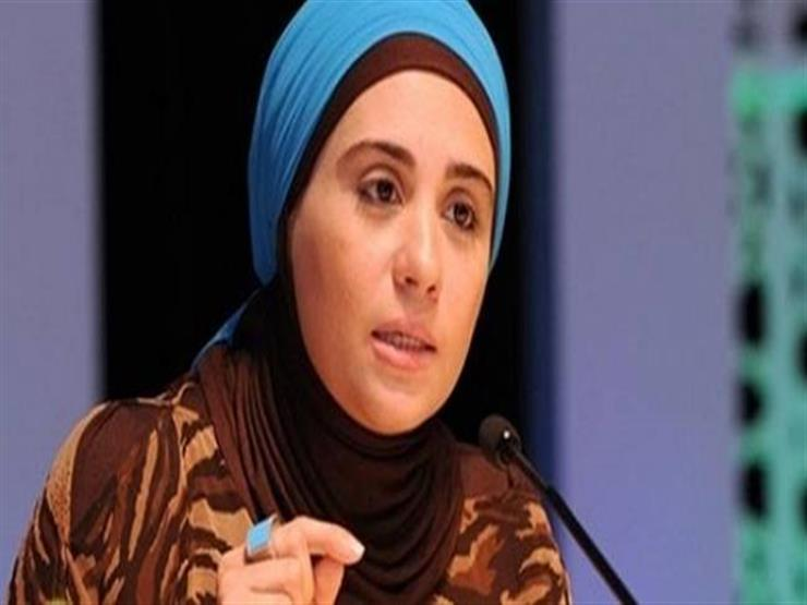 صورة بالفيديو| نادية عمارة: المال المدخر للحاجات الأساسية لا زكاة