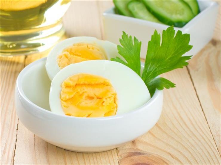إليك ما يحدث لجسمك عندما تبدأ في تناول بيضتين يوميا