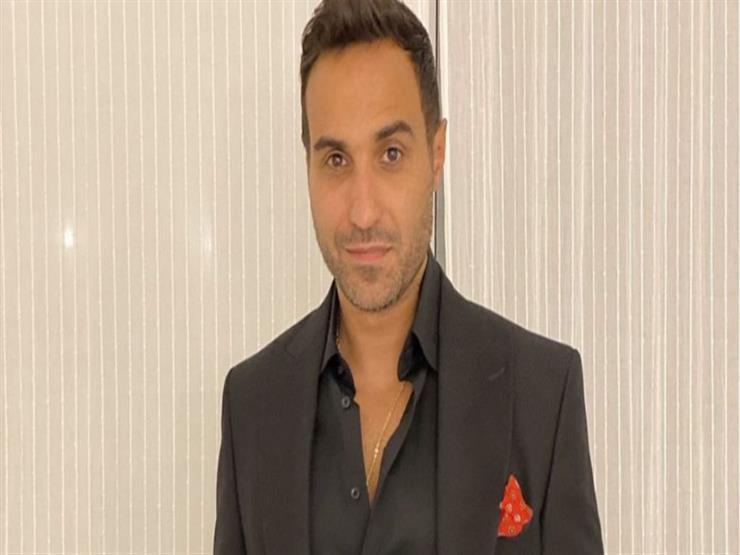 """أحمد فهمي ينشر صورة من العرض الخاص لفيلم """"العارف"""""""
