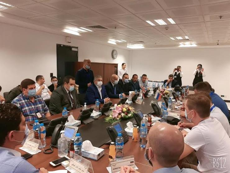 نائب وزير الطيران يلتقي الوفد الأمني الروسي خلال تفقده مطاري الغردقة وشرم الشيخ