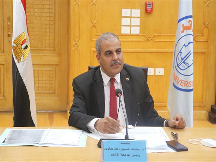 رئيس جامعة الأزهر يتفقد نقاط تطعيم لقاح كورونا بقطاع الدراسة