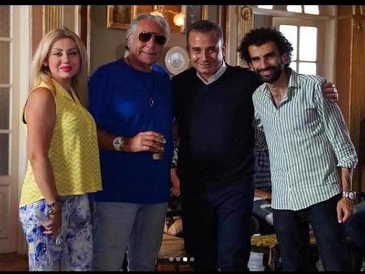 """زوجة مصطفى فهمي تنشر صور من كواليس مسلسل """"الحرير المخملي"""""""