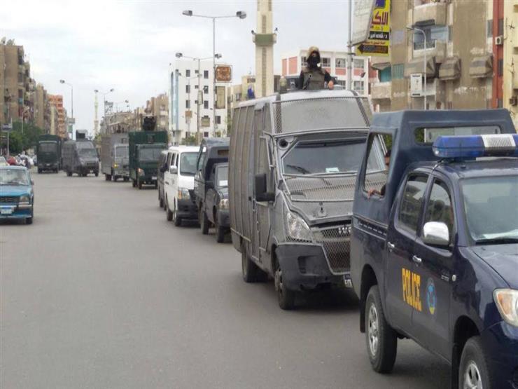 ضبط 5 قضايا تهريب بضائع أجنبية وقطع غيار سيارات