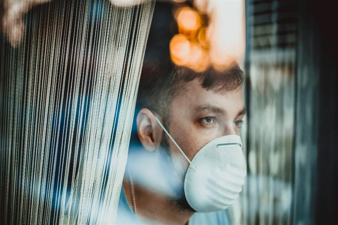 كورونا.. خبيرة أوبئة تكشف عن مضاعفات نادرة قد تصاحب الإصابة بالعدوى الفيروسية