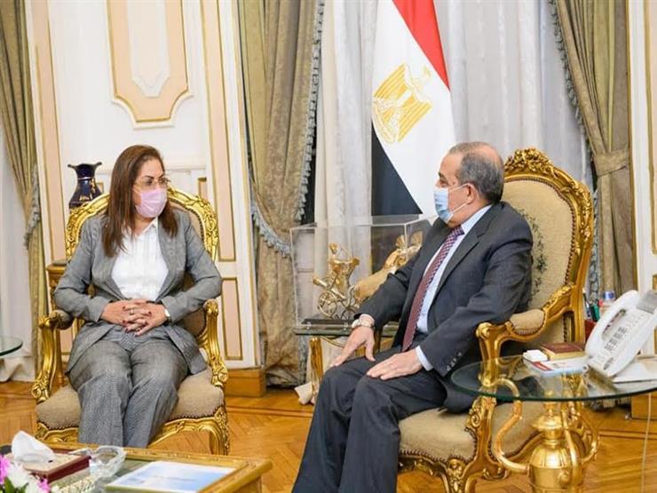 وزيرا الإنتاج الحربي والتخطيط يبحثان الخطة الاستثمارية 2021-2022