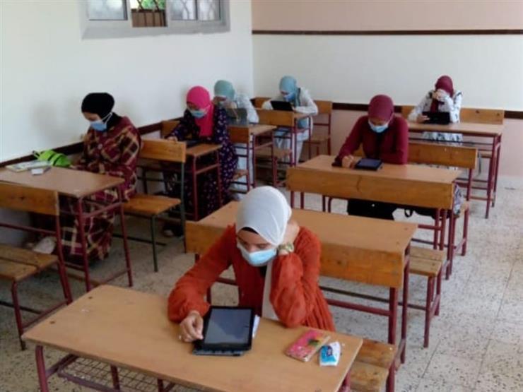 امتحانات الثانوية العامة.. بدء امتحان العربي شعبة (علمي)